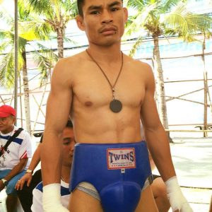 MENAYOTHIN DEFENDS WBC CROWN AGAINST KIMWERI
